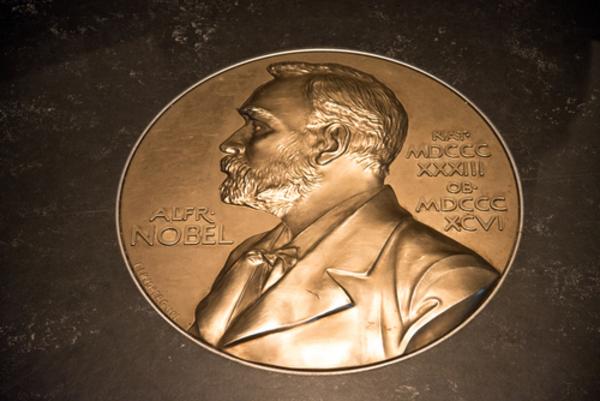 Alfred Nobel- läromedel till lektion i kemi åk 7,8,9